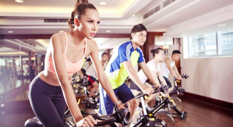 Đạp xe đạp tập giúp giảm cân