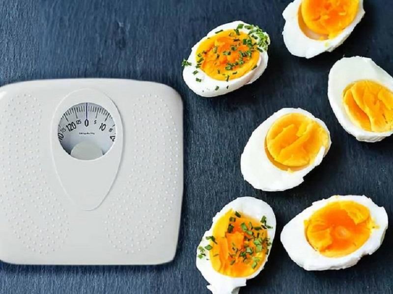 1 quả trứng gà bao nhiêu calo? Ăn trứng gà có giảm cân không?