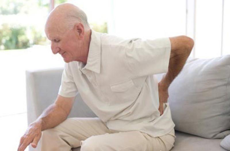 Ghế massage dành cho người già hỗ trợ điều trị đau nhức xương khớp