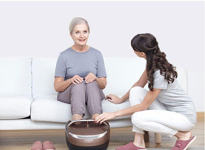 máy massage chân cho người cao tuổi-1