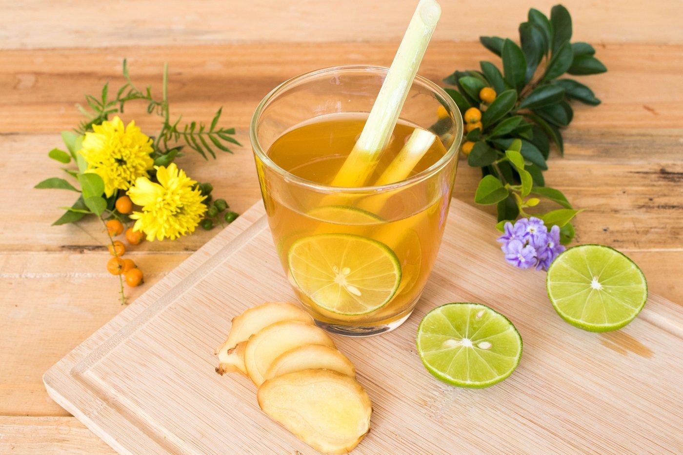 3 công thức làm nước chanh sả giúp tăng cường miễn dịch