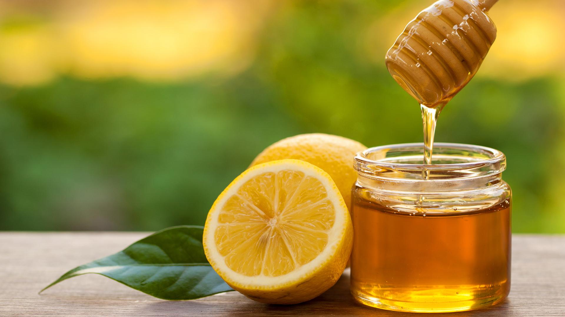 Nước chanh mật ong giảm cân