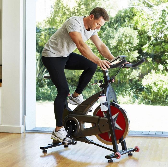 xe đạp tập cơ bụng