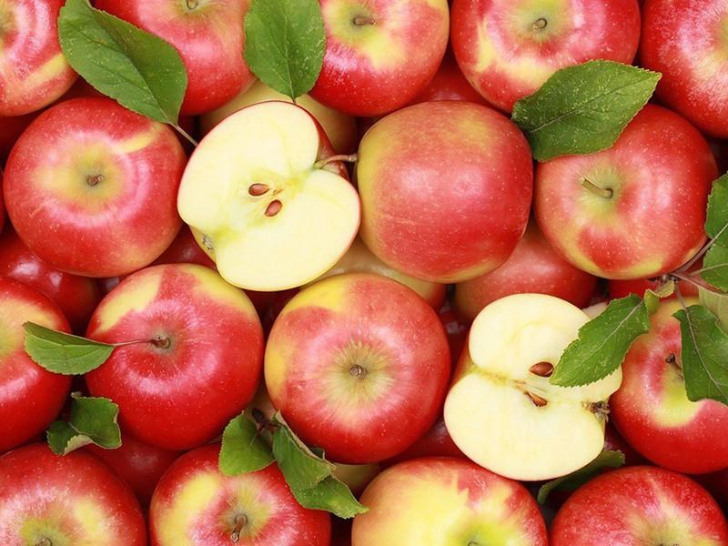 1 quả táo bao nhiêu calo-2