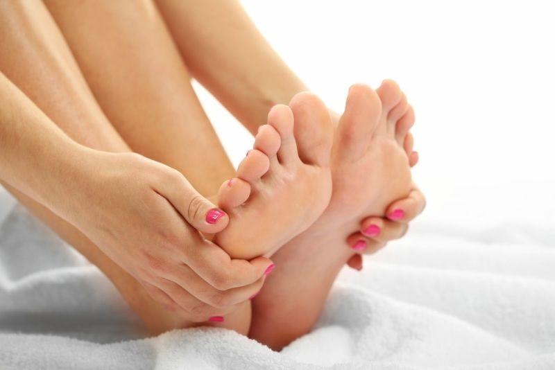 Cách làm bàn chân nhỏ lại-2