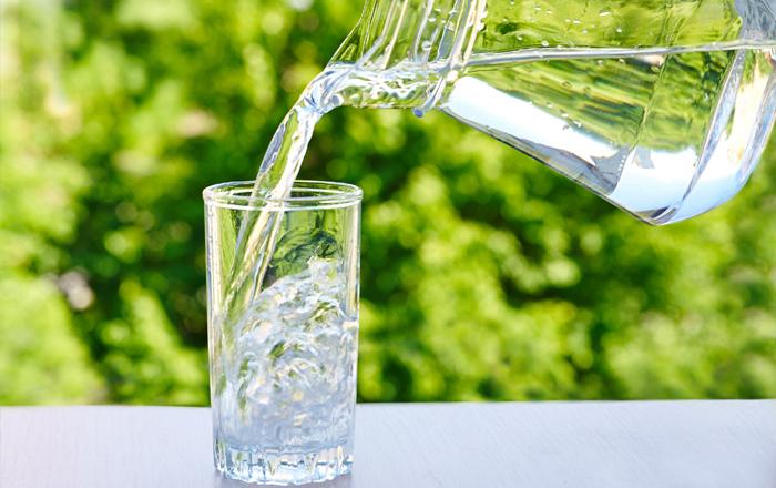 uống nhiều nước giúp tăng chiều cao