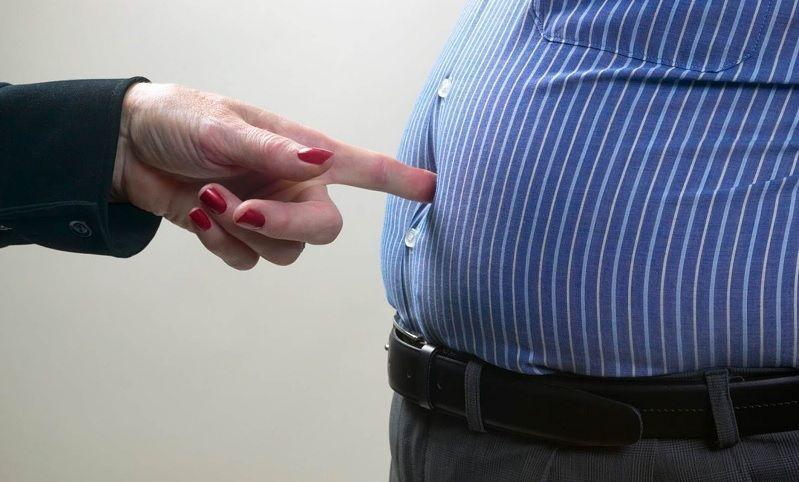 nguyên nhân gây béo bụng ở nam giới