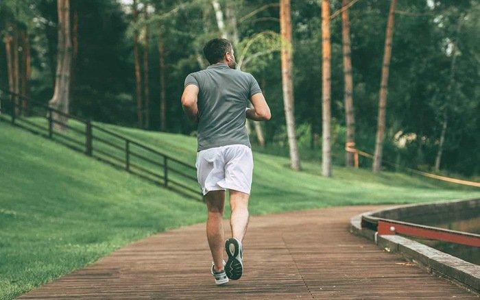 Điều chỉnh dáng người khi chạy bộ