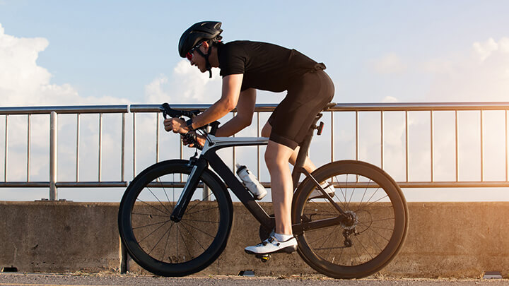 Tác dụng của việc đạp xe đạp buổi sáng-1