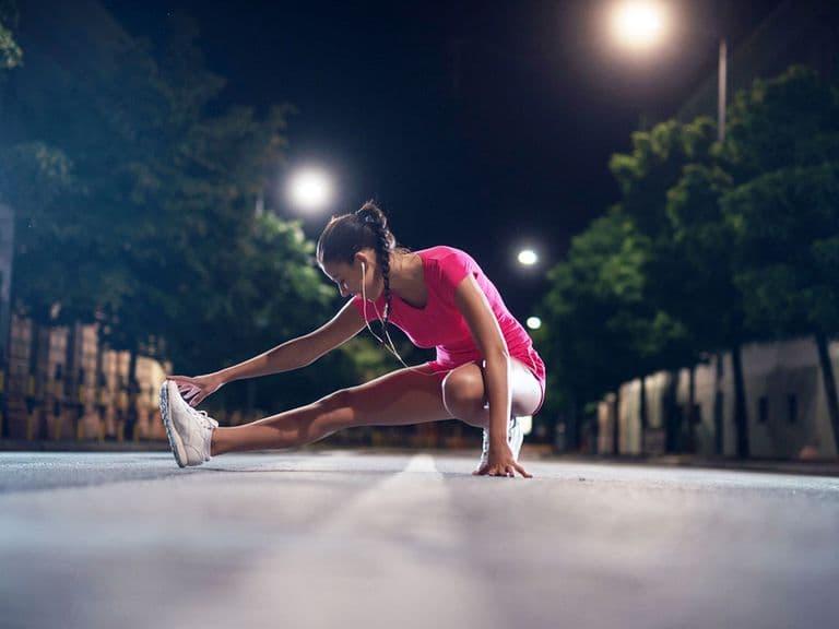 Tập thể dục trước khi ngủ có tốt không-1
