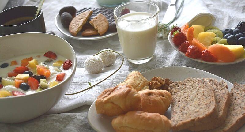 Thực đơn giảm cân bằng sữa tươi không đường