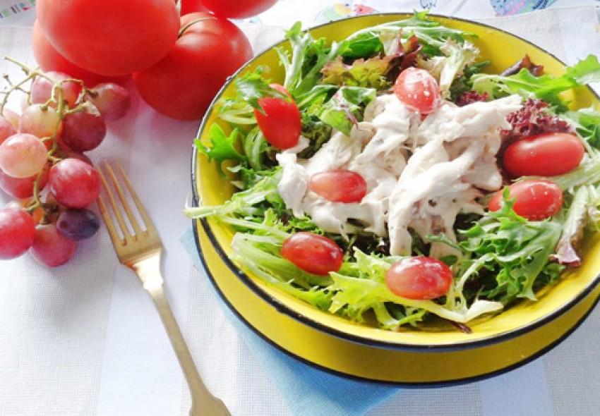 Salad ức gà và sữa chua