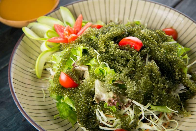 Salad giảm cân với rong nho