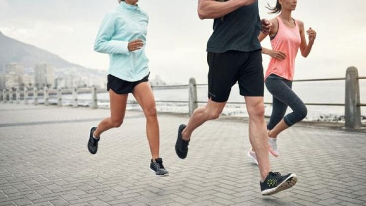 Giải đáp: Chạy bộ 30 phút giảm bao nhiêu calo?