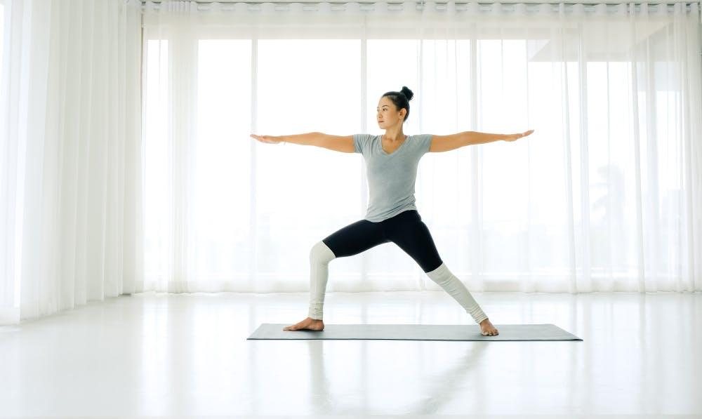 tư thế gentle yoga cơ bản-1