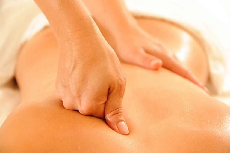 Massage giảm đau cơ