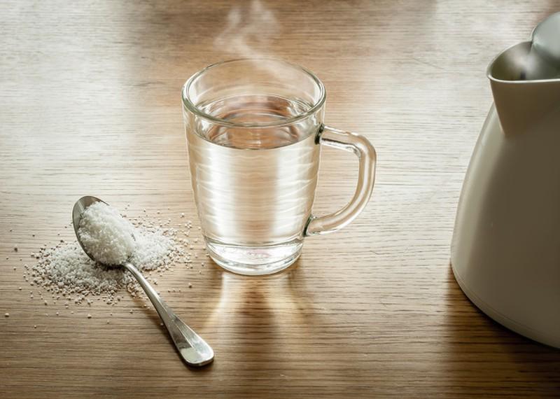 uống nước muối buổi sáng giảm cân-4