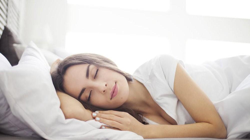 bài tập yoga giảm cân trước khi đi ngủ-1