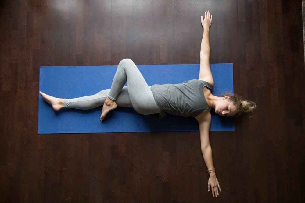 bài tập yoga giảm cân trước khi đi ngủ-2
