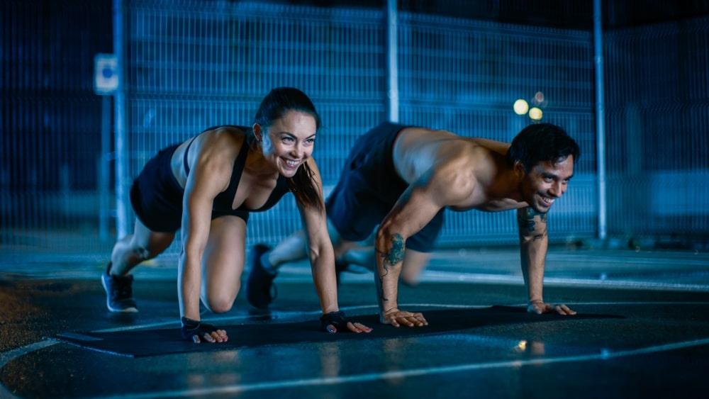 Nên tập thể dục trước hay sau khi ăn tối-1