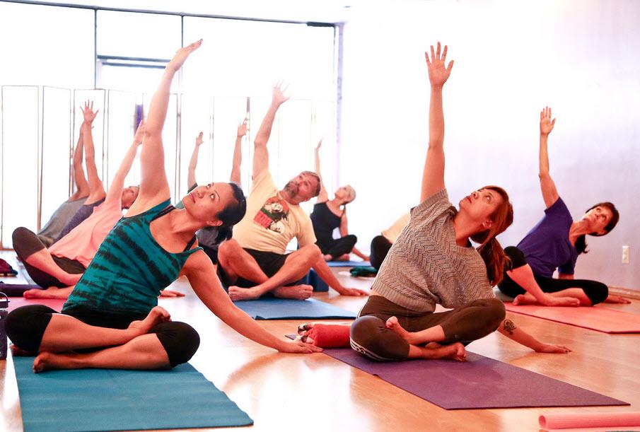 Nên tập yoga vào lúc nào-1
