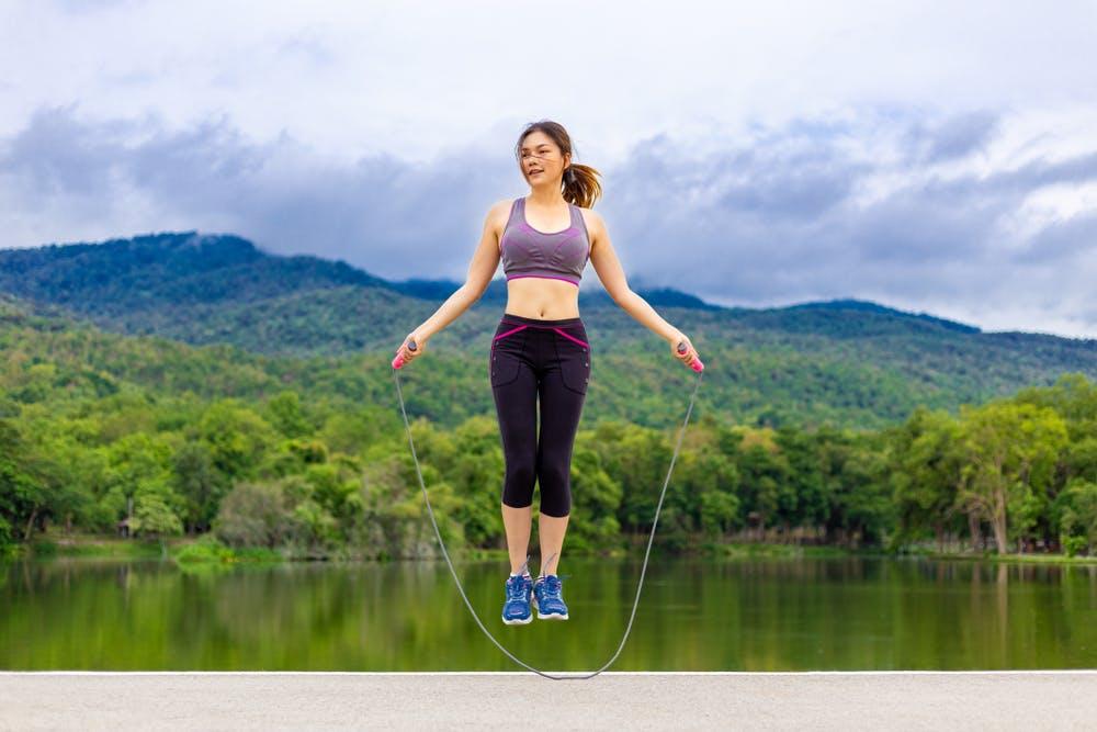 Nhảy dây có làm to bắp chân không-1